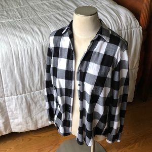 Gap Women's Boyfriend 1 Pocket Plaid Shirt